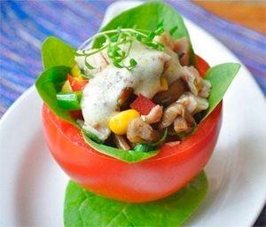 Рецепты салатов с маринованными опятами, а также закуски и супы из этих грибочков