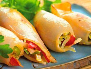 Как приготовить фаршированные кальмары: 4 рецепта вкусных блюд