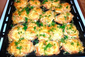 Запеченная курица по-французски: рецепт скартошкой ипомидорами