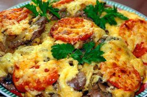 Рецепт мяса по-французски в мультиварке: из курицы, говядины, с грибами