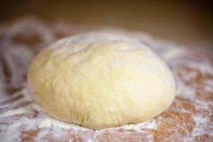 Готовим пирожки спеченью— секреты пышной иаппетитной выпечки